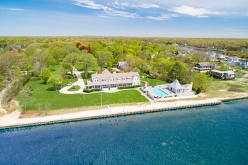 BOATERS PARADISE!  8+ACRE BAYFRONT ESTATE WITH POOL AND TENNIS !